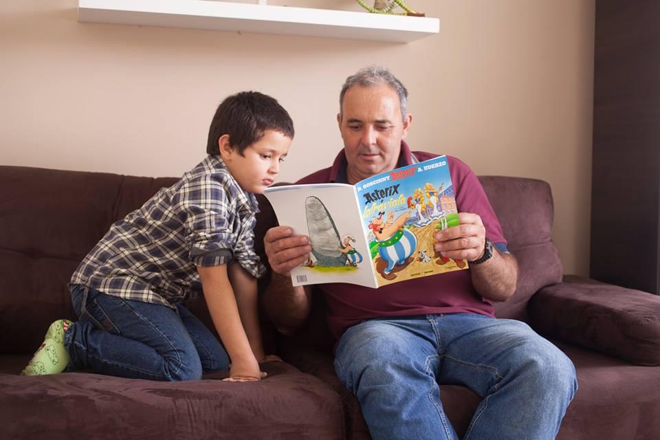 絵本は、親子の愛着を形成する最強ツール〜ワーキングマザーの知恵〜