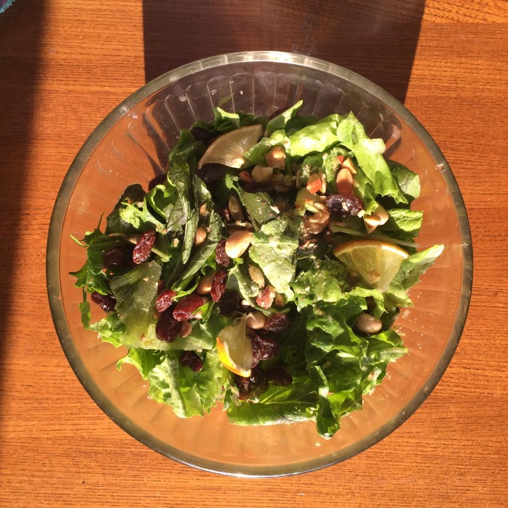 常備品を利用、豆でバランスよいサラダを〜おうちカフェ〜
