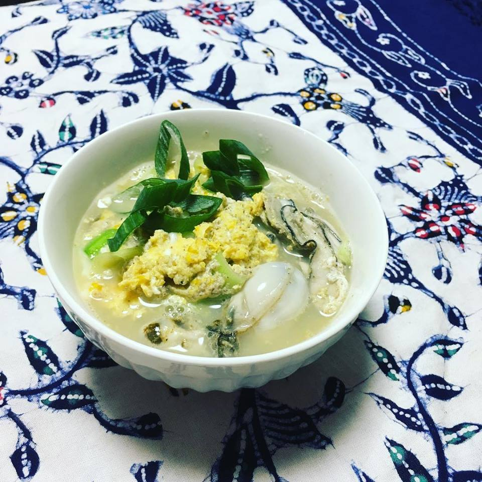 王道の牡蠣の卵寄せ〜おうちカフェ〜